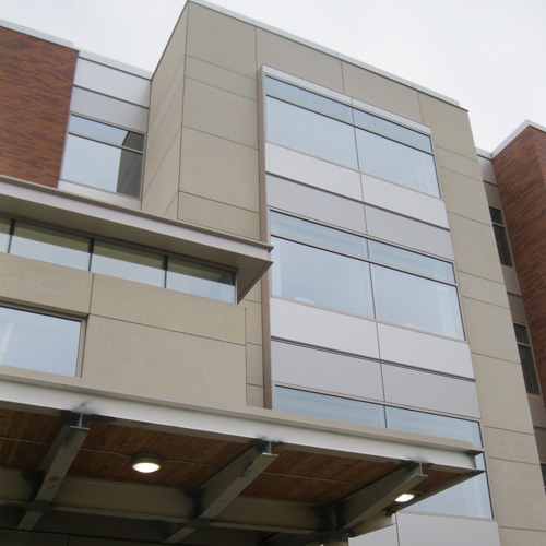 ARCIS architectural panels on Bay Area Hospital in Coos Bay, Oregon