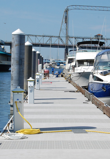 ARCIS precast marine dock